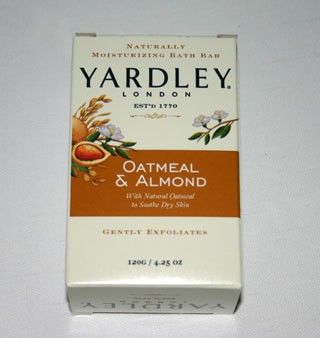 Yardley Oatmeal & Almond Bath Bar - 120g